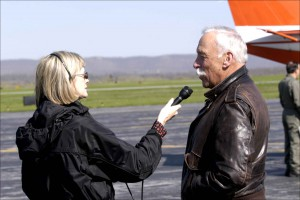 TV_reporter_interviews